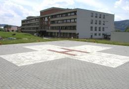 <p>Nemocnice Blansko je kompletně certifikované zdravotnické zařízení, které poskytuje zdravotní služby v lůžkové a</p>