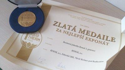 Zlatá medaile Aquathermu Praha 2014 pro naše nové bazénové jednotky