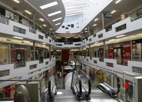 Zlaté jablko - Commercial and Entertainment Centre