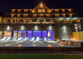 <p>Grandhotel Tatra ve Velkých Karlovicích je nadstandardní hotelový komplex s konferenčním zázemím a unikátním wel</p>
