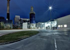 <p>We delivered one Vento duct air-handling unit with a total air output of 8,640 m<sup>3</sup>/h and four DoorMast</p>