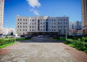 <p>Do městské polikliniky v centru Petrohradu s moderním vybavením a širokou odborností: fyzioterapie, kardiologie,</p>