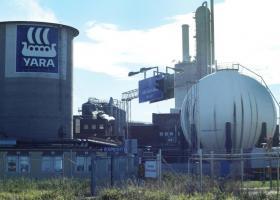 <p>Pro odvětrání prostoru kompresorové stanice jsme do švédské chemické továrny YARA AB působící mj.</p>