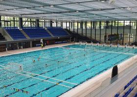 <p>Спортивный крытый бассейн в Сегеде с чистой площадью 13 300 м2.</p>