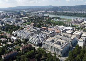 <p>Administrative complex in the heart of Budapest with more than 130,000 m2 of office space, extensive facilities </p>