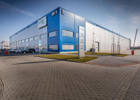 <p>Modern logistics and shopping complex offering semi-industrial premises in a first-class location, close to the </p>